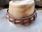 Hutband aus Krokodilleder
