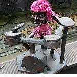 Asmat Schutzgeist Trommler Schlagzeug