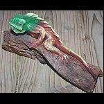 Echse Leguan auf Treibholz modelliert 17cm