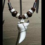 Hai Zahn Kette groß 3 cm mit Perlen