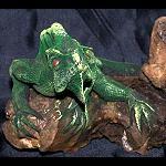Echse Leguan auf Treibholz modelliert 14cm