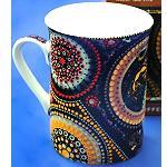 Kaffeebecher mit Aborigines Malerei