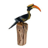 Nashornvogel bemalt auf Treibholz, ca 50cm