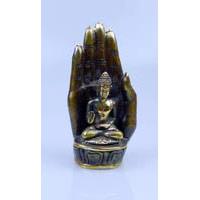 Buddha in Hand sitzend Bronze 18 cm